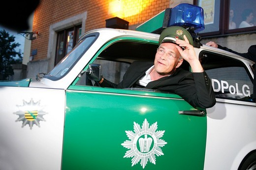Klaus J. Behrendt, actor, Tatort, German TV crime series, sitting in a police Trabant car : Stock Photo