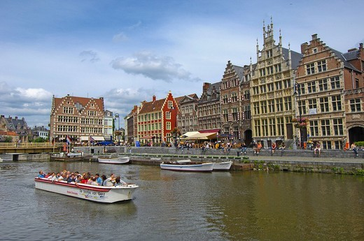 Stock Photo: 1848-180767 Tourboat and water reflections of the guild houses at Leie River, Ghent, Flanders, Belgium, Europe