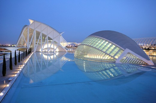 Stock Photo: 1848-181234 ESP, Spain, Valencia : Ciudad de las Artes Y de las Ciencias, City of arts and sciences. L´Hemisferic und Museo de las Ciencias Principe Filipe