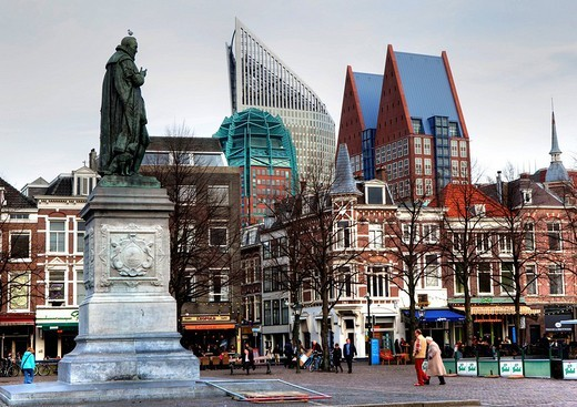 Plein Square, business district skyline contrasted with historical architecture in city centre, The Hague, The Netherlands, Europe : Stock Photo