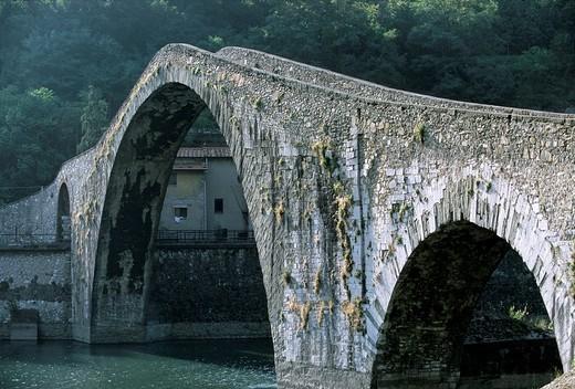Stock Photo: 1848-181747 Ponte della Maddalena, Ponte del Diavolo, Devil´s bridge, Borgo a Mozzano, Lucca province, Tuscany, Italy, Europe