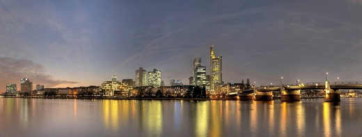 Stock Photo: 1848-18219 Skyline with Commerzbank building and Untermain bridge, Frankfurt, Hesse, Germany