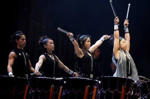 Japanese drum virtuosos during the showTao _ the art of drumming : Stock Photo