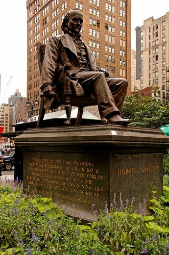 Stock Photo: 1848-183931 Horace Greeley Memorial, editor of the New York Tribune, New York City, USA