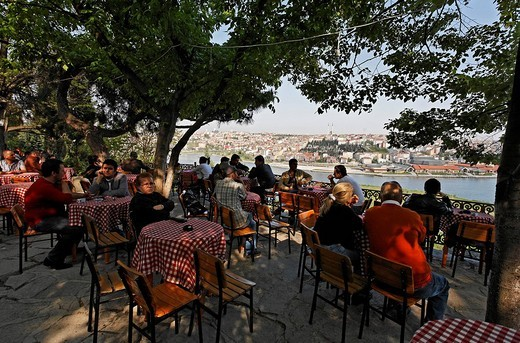 Pierre Loti Cafe, terrace with view on the Golden Horn, Eyuep, Istanbul, Turkey : Stock Photo