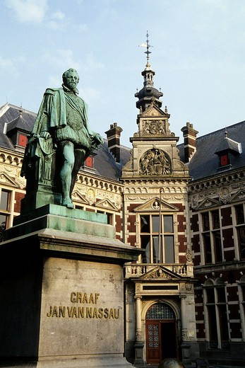 Statue of Count Jan van Nassau in front of university buildings, Domplein in the historic city centre, Utrecht, Netherlands, Benelux, Europe : Stock Photo