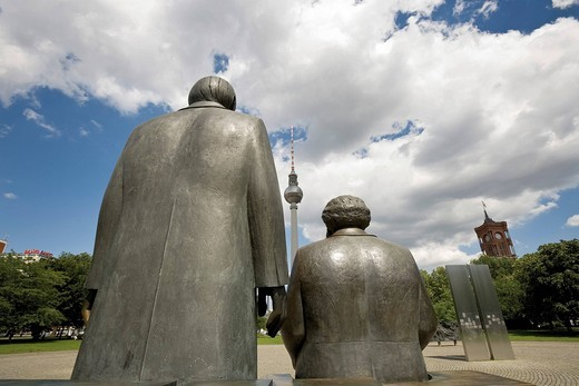 Marx and Engels Monument and telecommunications tower back, Alexanderplatz, Berlin, Germany : Stock Photo