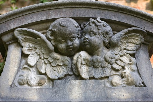 Stock Photo: 1848-189546 Stone putti, cherubs on a gravestone, Alter Suedfriedhof, old cemetery in Munich, Bavaria, Germany
