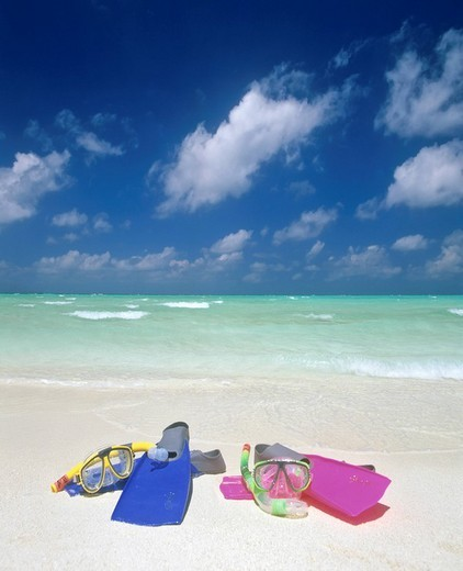 Stock Photo: 1848-191236 Snorkeling gear, turquoise waters and beach, Maldives, Indian Ocean