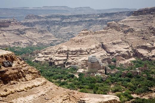 River oasis, Wadi Dhar, Yemen, Middle East : Stock Photo