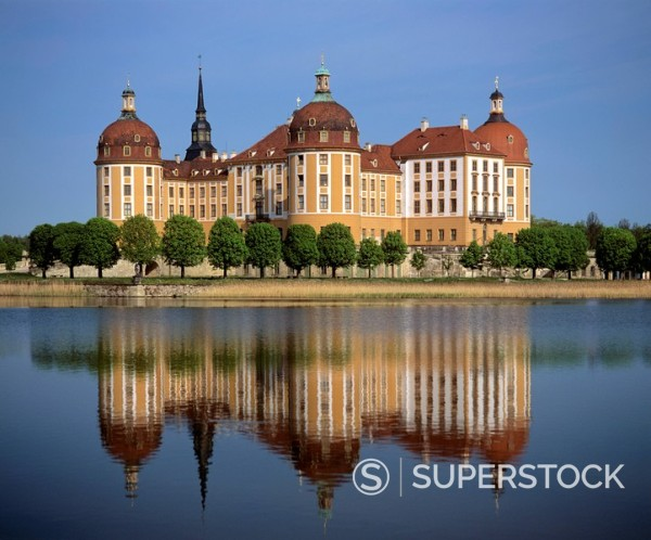 Moritzburg Castle reflected on the surface of a lake near Dresden, Saxony, Germany : Stock Photo
