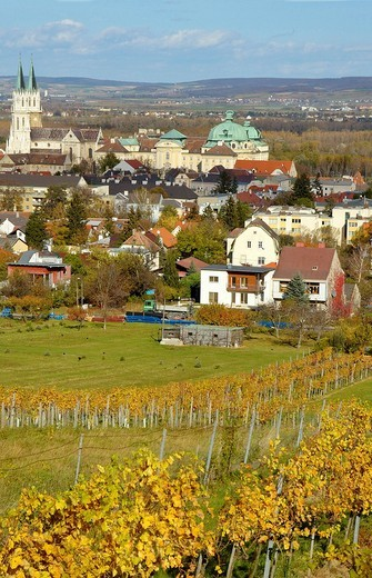 Stock Photo: 1848-194717 Stift and Monastery of Klosterneuburg in autumn, Austria