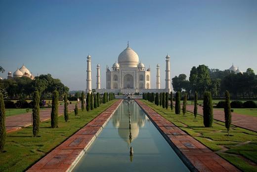Mausoleum of the Taj Mahal, Agra, Uttar Pradesh, North India, India, Asia : Stock Photo