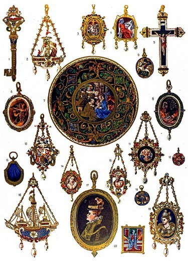 Pieces of jewelry from the 16th century, modern times, Italian ornament, Spitzer collection : Stock Photo