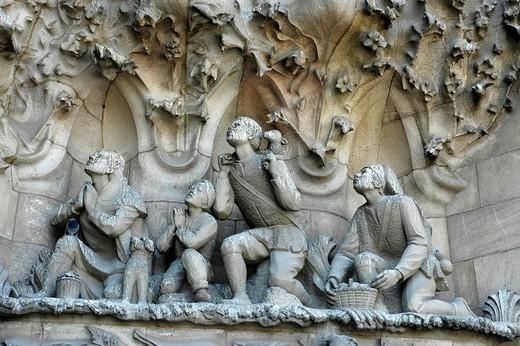 Detail of the facade of the Sagrada Familia, Church of the Holy Family, architect Antoni Gaudi, catherdrale, Barcelona, Catalonia, Spain : Stock Photo