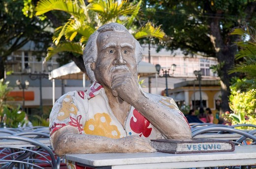 Sculpture of the writer Jorge Amado on the Vesuvio Cafe terrace in front of the Sao Sebastiao Cathedral, Ilheus, Bahia, Brazil, South America : Stock Photo
