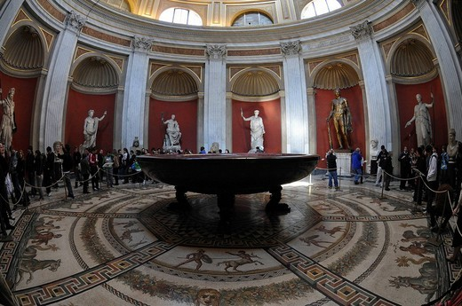 Round monolithic porphyry basin, Sala da Rotunda, Museo Pio_Clementino, Vatican Museums, Old Town, Vatican City, Italy, Europe : Stock Photo