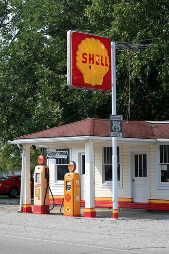Stock Photo: 1848-201816 Soulsby´s Service Station on the historic Route 66, Mount Olive, Illlinois, USA