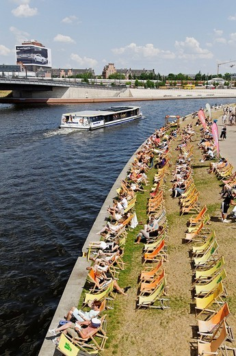 Stock Photo: 1848-20590 Capital Beach Bar on the bank of the Spree River, Regierungsviertel, government quarter, Berlin, Germany, Europe
