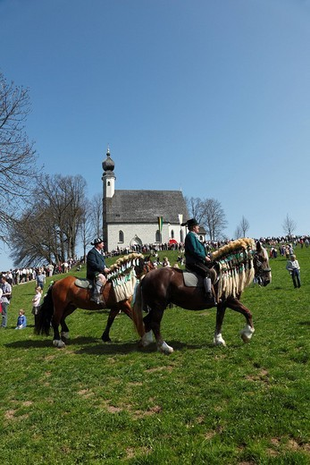 Stock Photo: 1848-206256 Georgiritt, George´s Ride, Easter Monday procession, Ettendorf Church, Traunstein, Chiemgau, Upper Bavaria, Bavaria, Germany, Europe