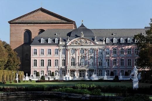 Stock Photo: 1848-207048 Palace of the prince elector, Basilika, Trier, Rhineland_Palatinate, Germany
