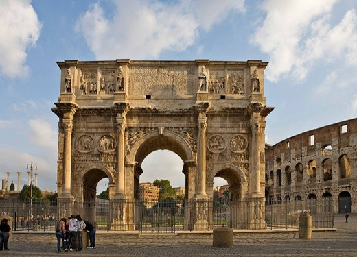 Arch of Constantine with Colosseum to the right, Rome, Italy, Europe : Stock Photo