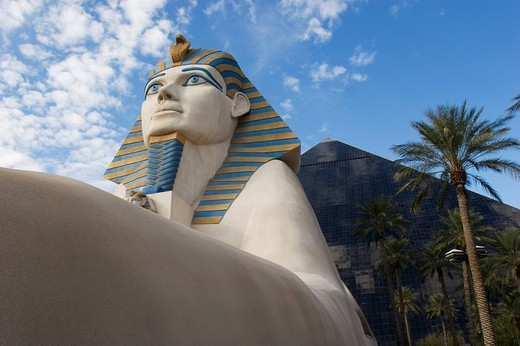 Stock Photo: 1848-207936 Luxor Hotel, Las Vegas, Nevada, USA
