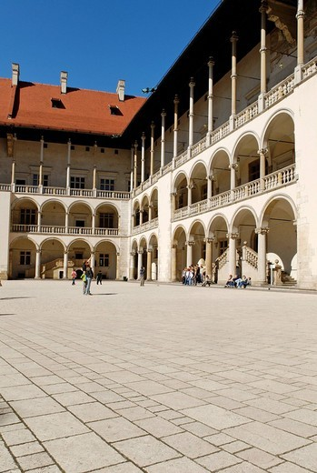 Stock Photo: 1848-209572 Renaissance courtyard of the Palace on Wawel Hill, UNESCO World Heritage Site, Kraków, Poland, Europe