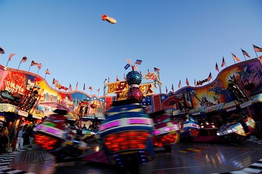 Breakdancer, fairground ride, Wies´n, Oktoberfest, Munich, Bavaria, Germany, Europe : Stock Photo