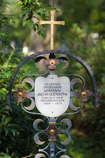 Stock Photo: 1848-223350 Grave of Johann von Schraudolph, 1808_1879, church appointed _ and historical painter, Alter Suedfriedhof, old cemetery in Munich, Bavaria, Germany