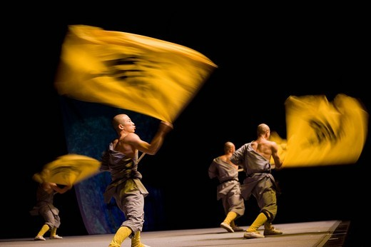 Stock Photo: 1848-224069 Shaolin monks during a show on the 22nd of March 2009 in Berlin, Germany