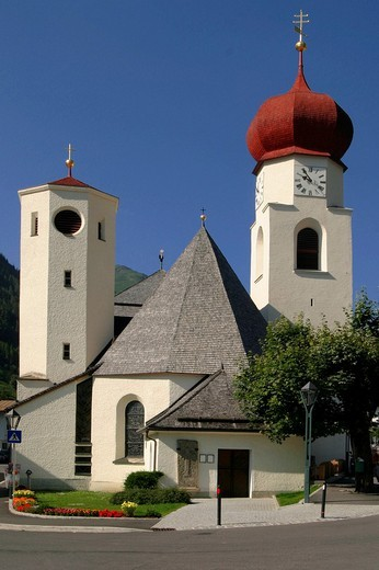 Church in St.Jakob on Arlberg : Stock Photo