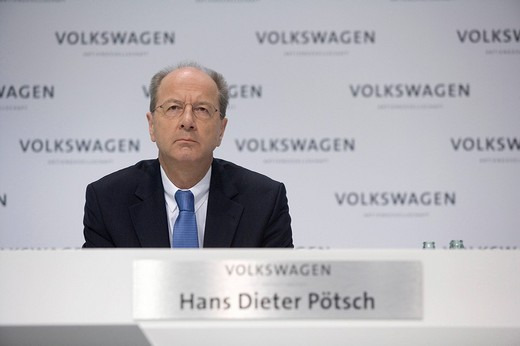 Stock Photo: 1848-228027 Hans Dieter Poetsch, Member of the Board of Management of the Volkswagen AG, responsible for Finance and Controlling, during the annual press conference, 2009, Wolfsburg, Lower Saxony, Germany, Europe