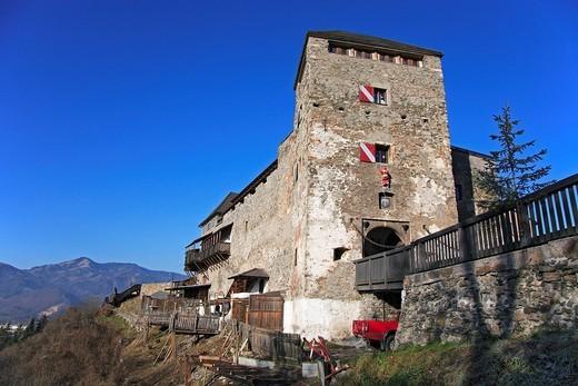 Castle Oberkapfenberg, Kapfenberg, Styria, Austria : Stock Photo