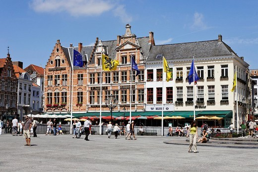 Citizen houses on the Great Market square, Brugge, Flanders, Belgium : Stock Photo