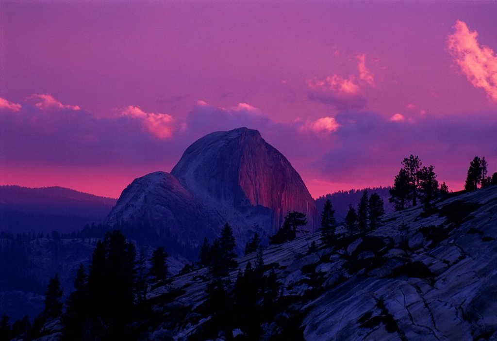Halfdome mountain in the sunset, Yosemite National Park, California, USA, North America : Stock Photo