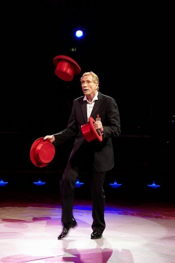 Kris Kremo, gentleman juggler, show of the circus Knie with its 2009 program c´est magique in the Rosental_Anlage venue in Basel, Switzerland, Europe : Stock Photo