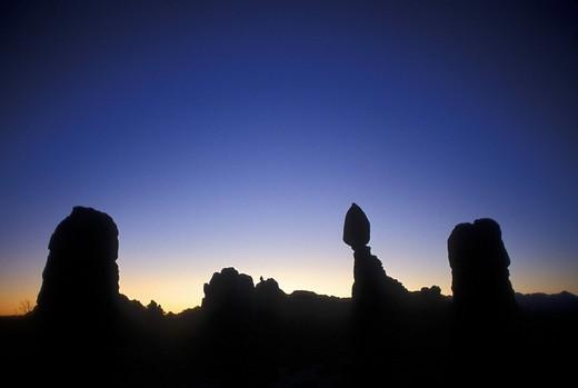 Balanced Rock before sunrise, Arches National Park, Utah, USA : Stock Photo