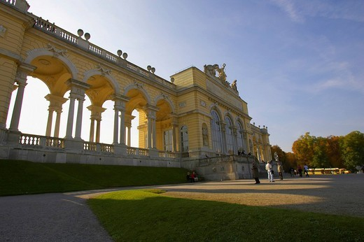 Stock Photo: 1848-235225 Gloriette, Schoenbrunn Palace, Vienna, Austria, Europe