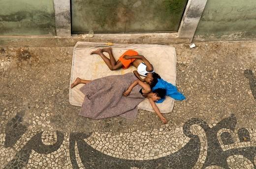 Stock Photo: 1848-235433 Sleeping homeless children, Salvador de Bahia, Brazil, South America