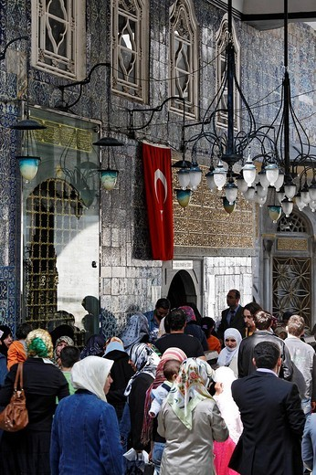 Stock Photo: 1848-236142 People queuing outside the entrance to the mausoleum of Mohammed´s standard_bearer Eyuep Ensari, Eyuep village, Golden Horn, Istanbul, Turkey