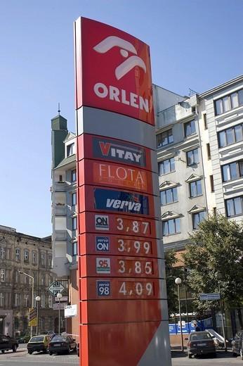 Prices of a gas station, Stettin, Szczecin, West Pomerania, Poland : Stock Photo