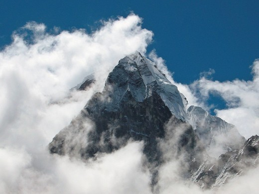 The holy mountain Ama Dablam 6856m, seen on the descent to the Base Camp, Mount Everest, Himalaya, Nepal : Stock Photo