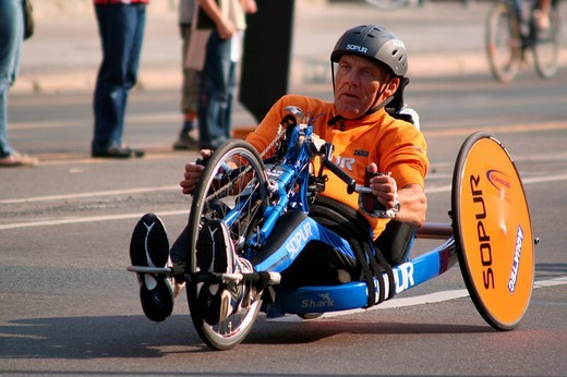 Handbiker Berlin Marathon 2005 : Stock Photo