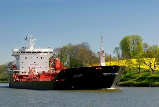 Tanker, LNG tanker on the Kiel Canal, Schleswig_Holstein, Germany, Europe : Stock Photo