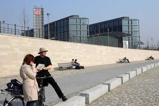 Tourists with bicycles in front of the Central Station Hauptbahnhof in Berlin, Germany, Europe : Stock Photo