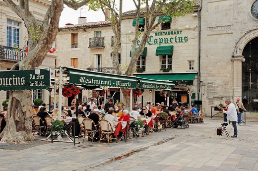 Pavement cafe, Aigues_Mortes, Camargue, Gard, Languedoc_Roussillon, Southern France, France, Europe : Stock Photo