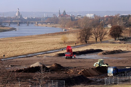 Construction site for a new bridge Waldschloesschenbruecke in Dresden, Saxony, Germany : Stock Photo