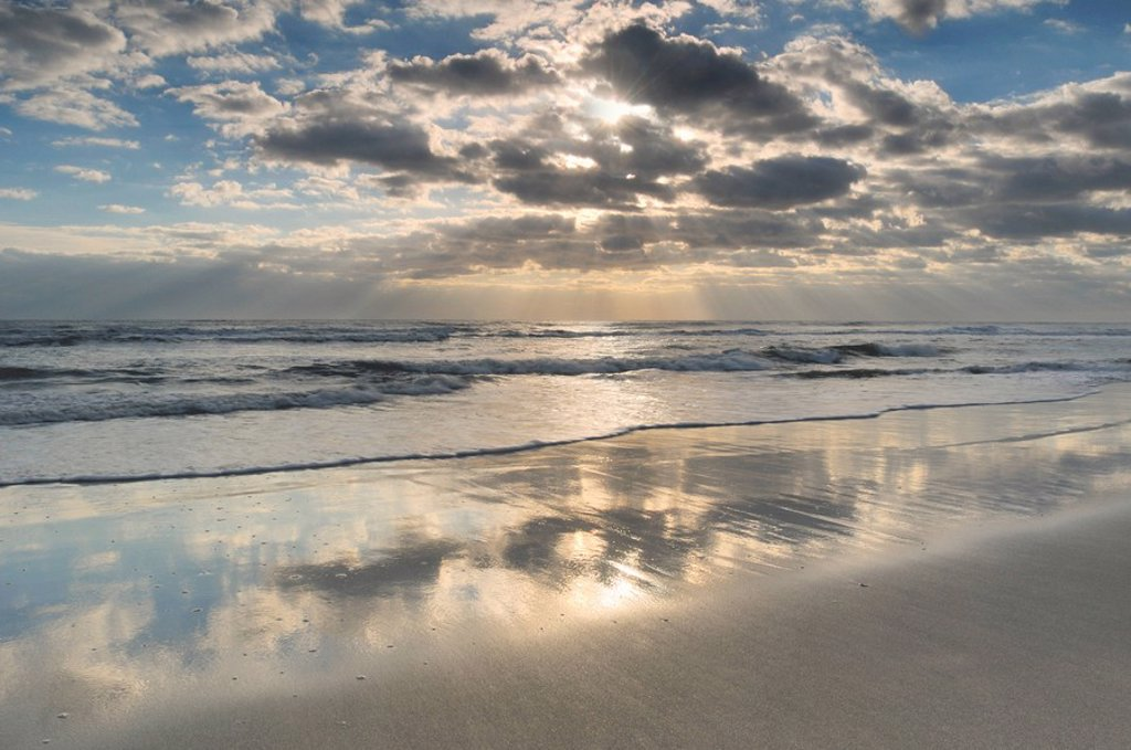 Stock Photo: 1848-243383 Sunrise on Cocoa Beach, Florida, United States