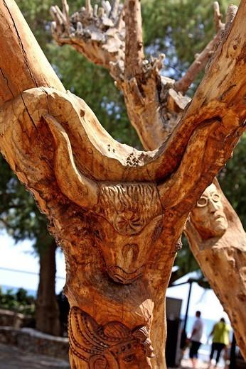 Wood sculpture, Minoan motifs, bull, Lychnostatis Open Air Museum, Museum of the traditional Cretan life, Hersonissos, Crete, Greece, Europe : Stock Photo